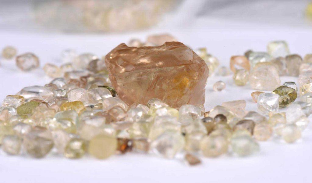 Schneider & Kollegen GmbH – Rohdiamanten