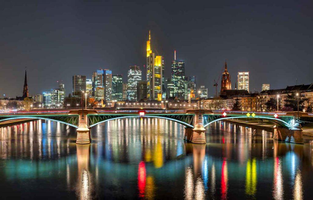 Schneider & Kollegen GmbH – Frankfurt Skyline